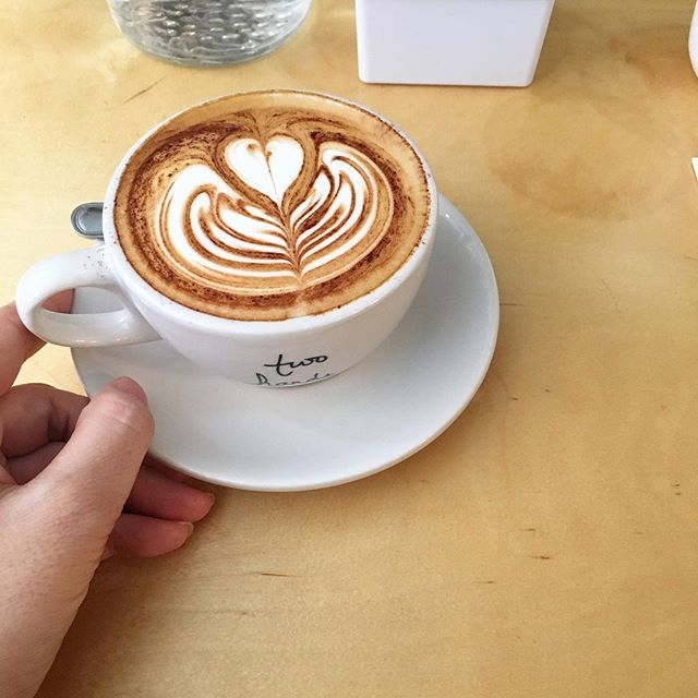 Two Hands Cafe